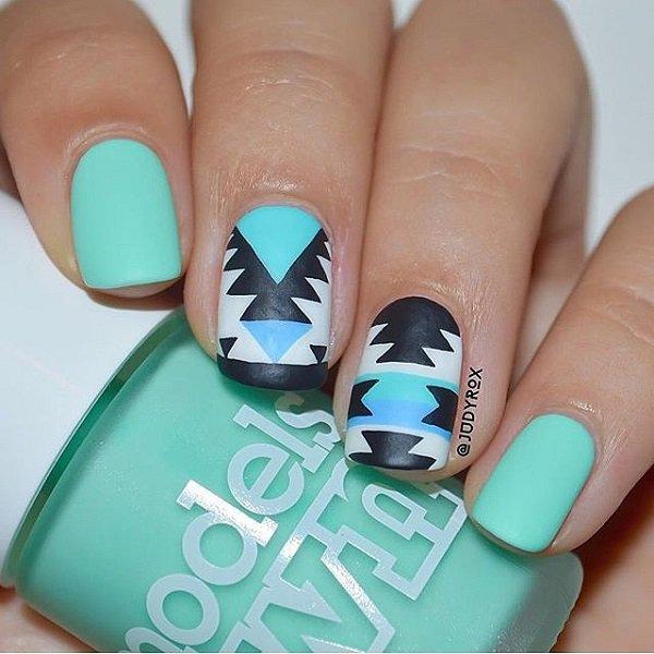 Blue-nail-art-designs-and-ideas-11