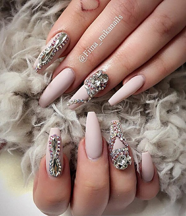 rhinestone-nail-art-idea-to-try-4 - Beauty & Fashion Freaks